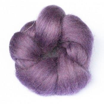 Ovčí vlna barvená česaná 10g - jemná - 31 levandulová