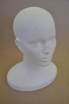 Polystyrenová hlava