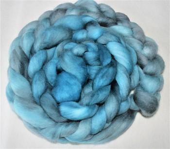 DOBRODĚJ Česané rouno jemné 10 g - ručně barvené - tyrkysovo-šedé