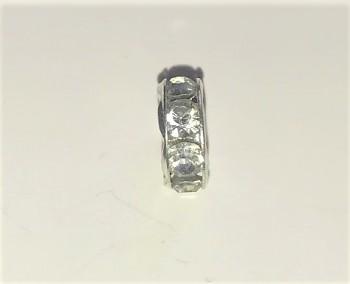 BN Kovový korálek - váleček - s bílými kamínky - stříbro