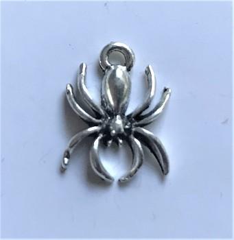 BN Kovový přívěsek pavouk - starostříbro