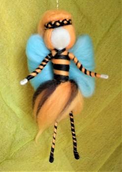 DOBRODĚJ Elfinka - ochránkyně včel