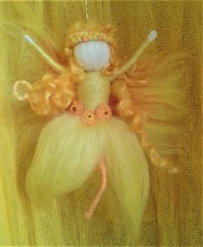 DOBRODĚJ Elfinka - petrklíčka sluneční