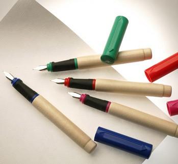 GREENFIELD Dřevěné plnicí pero - různé barvy
