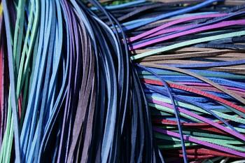 Kožený řemínek hranatý - vepřovice - různé barvy